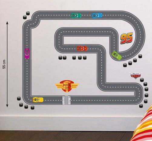 kinder wandtattoo disney pixar cars rennstrecke. Black Bedroom Furniture Sets. Home Design Ideas